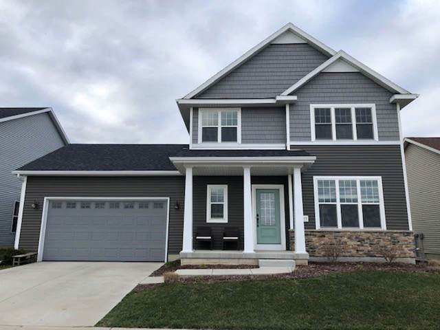 1373 Brown Bear Way, Sun Prairie, WI 53590 (#1880507) :: HomeTeam4u