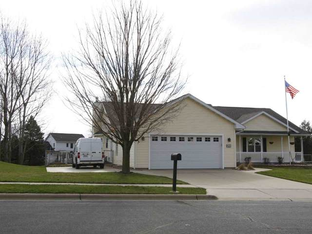 825 Bergen Ct, Stoughton, WI 53589 (#1880693) :: HomeTeam4u
