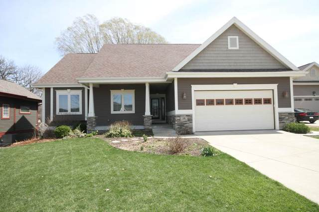 18 Oak Ridge Tr, Deerfield, WI 53531 (#1881682) :: HomeTeam4u