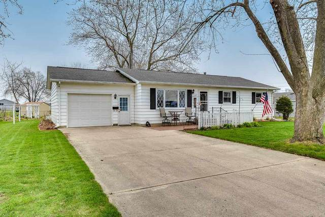 306 E 8th Ave, Brodhead, WI 53520 (#1882168) :: Nicole Charles & Associates, Inc.