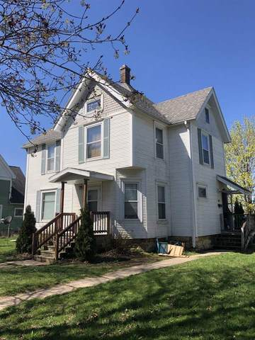 1415 17th Ave, Monroe, WI 53566 (#1882360) :: HomeTeam4u