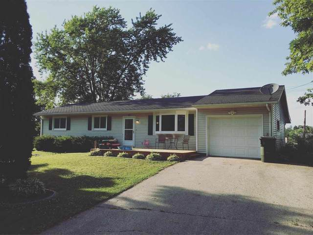 20 W Exchange St, Mazomanie, WI 53560 (#1882905) :: HomeTeam4u