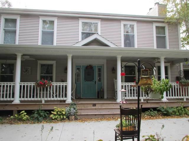 W7719 Redwood Rd, Trenton, WI 53916 (#1882929) :: HomeTeam4u