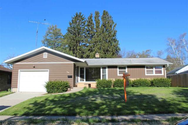 2209 14th Ave, Monroe, WI 53566 (#1882975) :: HomeTeam4u