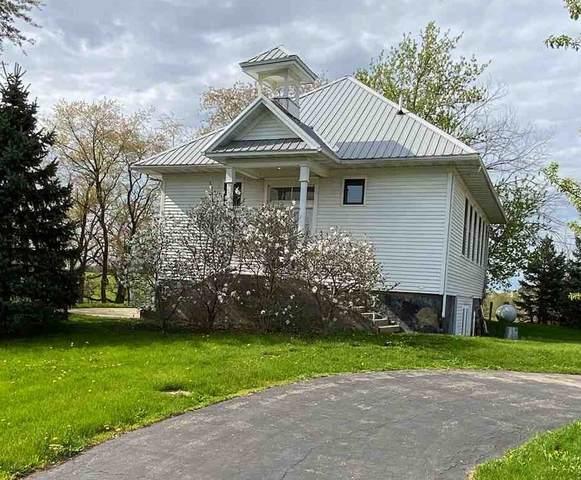 13237 Dobbs Rd, Lamont, WI 53530 (#1883022) :: HomeTeam4u