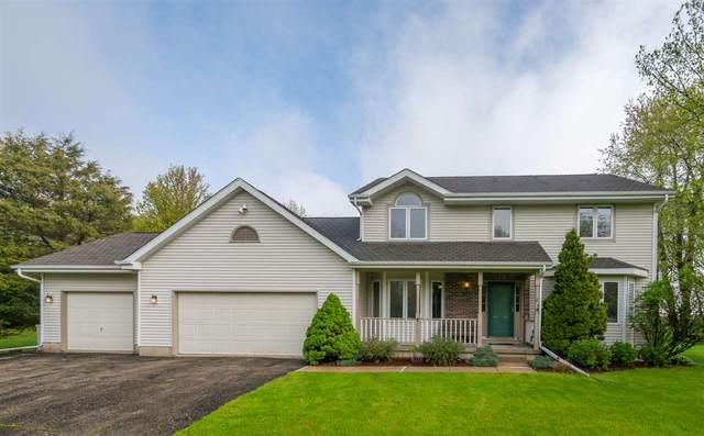 5596 Windridge Rd, Oregon, WI 53575 (#1883480) :: HomeTeam4u