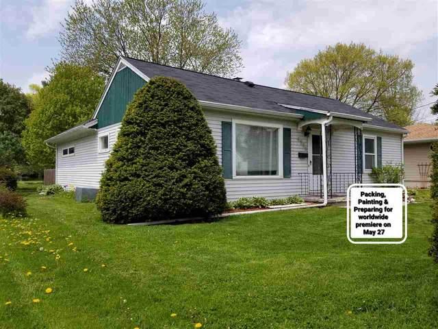 4905 Shore Acres Rd, Monona, WI 53716 (#1883485) :: Nicole Charles & Associates, Inc.