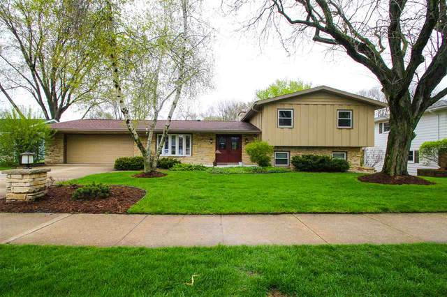 5321 Comanche Way, Madison, WI 53704 (#1883525) :: HomeTeam4u