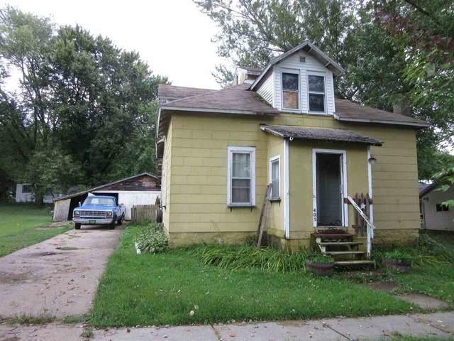 405 Madison St, La Valle, WI 53941 (#1883802) :: Nicole Charles & Associates, Inc.