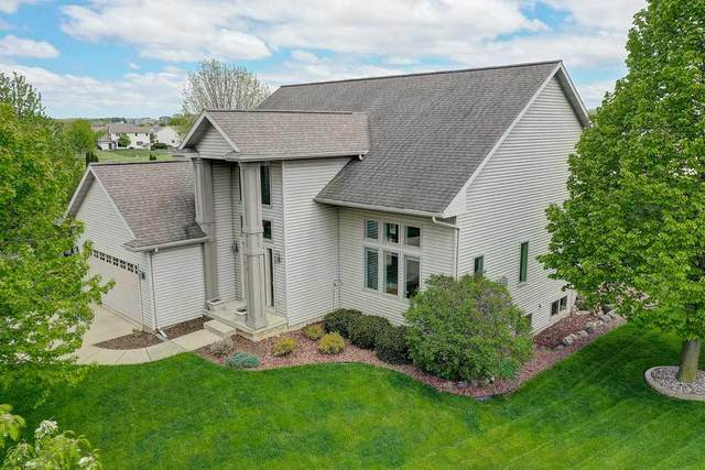 818 Turnberry Dr, Waunakee, WI 53597 (#1883959) :: Nicole Charles & Associates, Inc.