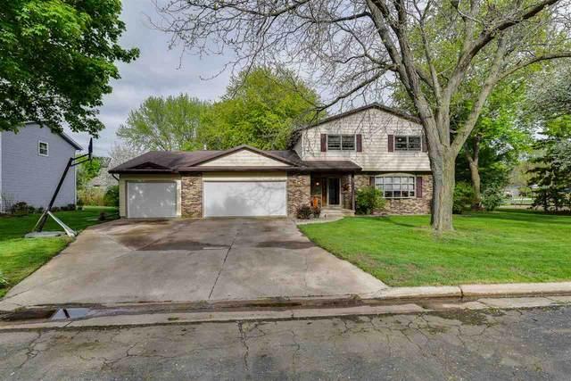 531 Oakland Ave, Sun Prairie, WI 53590 (#1884123) :: HomeTeam4u