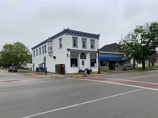 200 W Main St, Waunakee, WI 53597 (#1884125) :: Nicole Charles & Associates, Inc.