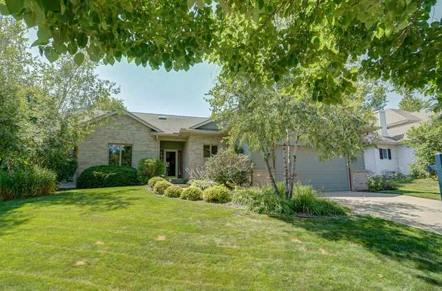 1901 Savannah Way, Waunakee, WI 53597 (#1884277) :: Nicole Charles & Associates, Inc.