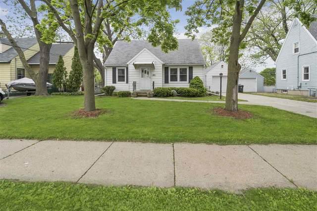 927 N Fair Oaks Ave, Madison, WI 53714 (#1884343) :: Nicole Charles & Associates, Inc.
