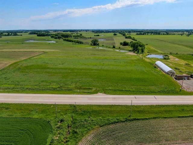 L1 County Road A, Oak Grove, WI 53039 (#1885014) :: HomeTeam4u