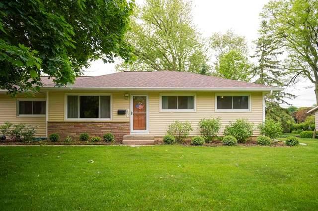 5601 Barton Rd, Madison, WI 53711 (#1885082) :: HomeTeam4u
