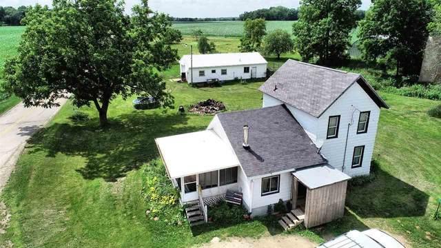 N4501 Welch St, Fountain Prairie, WI 53932 (#1887240) :: HomeTeam4u