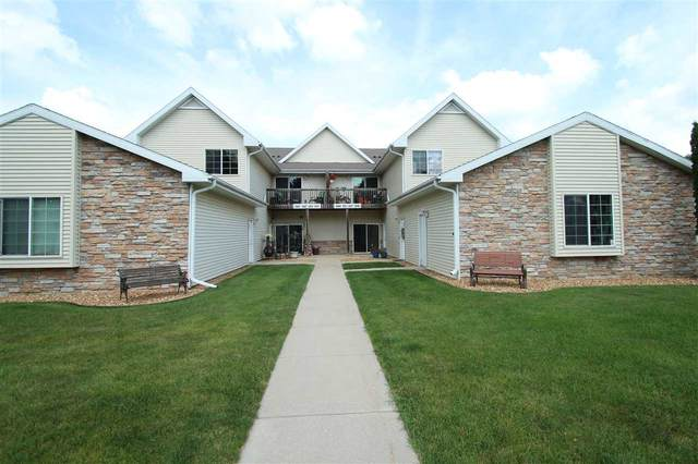 353 O'neil St, Lake Mills, WI 53551 (#1887276) :: HomeTeam4u