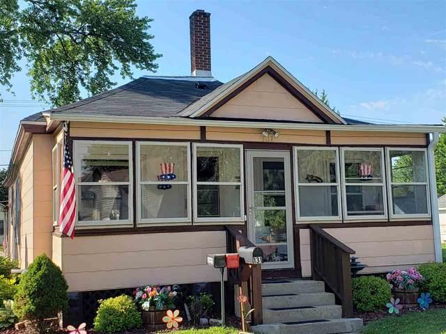 131 E Carroll St, Portage, WI 53901 (#1887536) :: HomeTeam4u