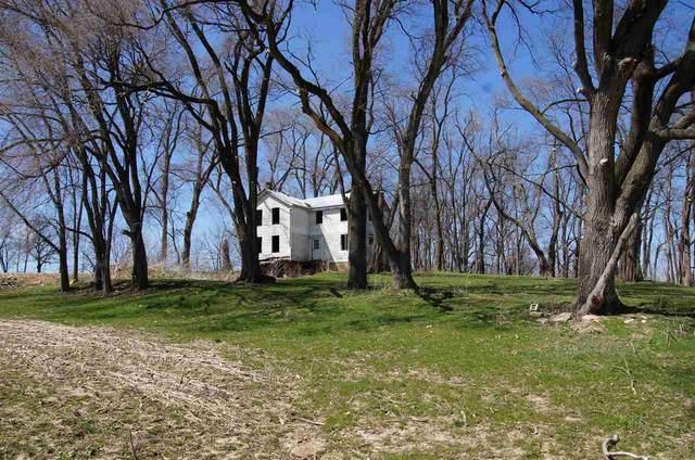 2899 Trail View Rd, Springdale, WI 53593 (#1887712) :: HomeTeam4u