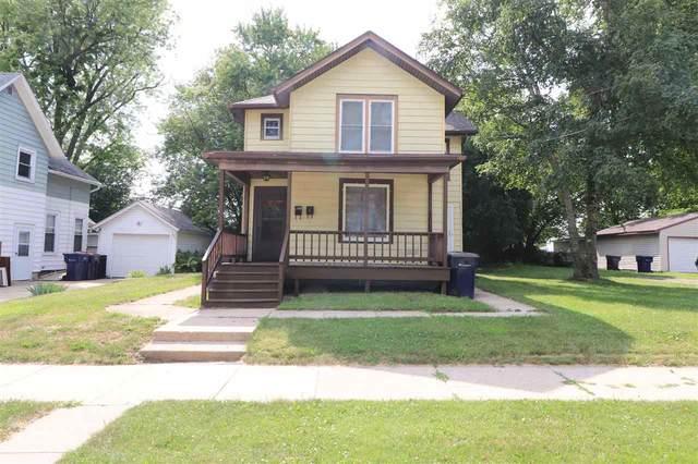 515 Eisenhower Ave, Janesville, WI 53545 (#1887714) :: HomeTeam4u
