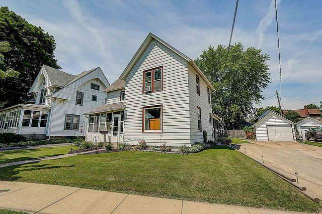 415 N Main St, Fort Atkinson, WI 53538 (#1887986) :: Nicole Charles & Associates, Inc.