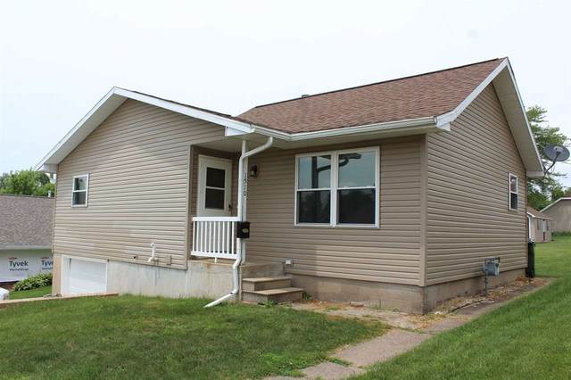 1510 11th St, Fennimore, WI 53809 (#1888060) :: HomeTeam4u