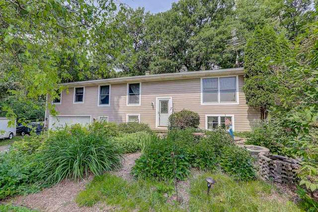 N8301 County Road G, Waterloo, WI 53551 (#1888077) :: HomeTeam4u