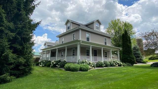672 Oak Ridge Rd, Rutland, WI 53575 (#1888300) :: HomeTeam4u