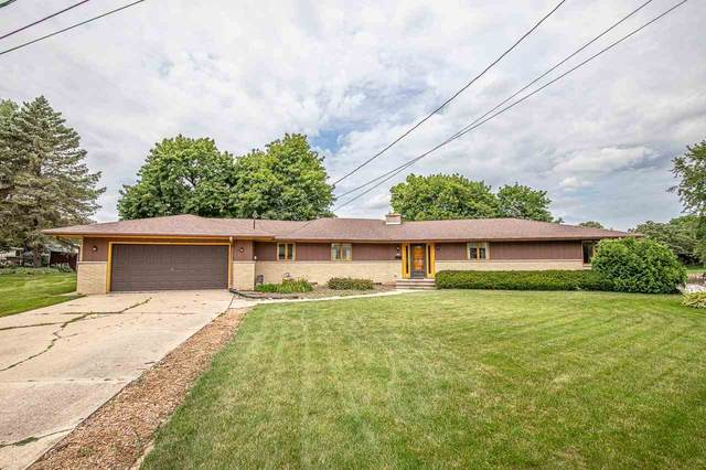 460 Sunset Ct, Marshall, WI 53559 (#1888968) :: HomeTeam4u