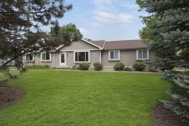 3298 Box Hill Rd, Sun Prairie, WI 53590 (#1889238) :: Nicole Charles & Associates, Inc.