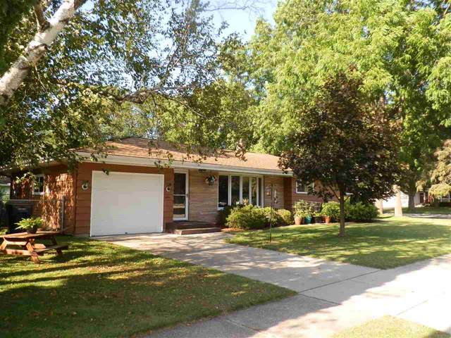 2115 Hawthorne Ave, Janesville, WI 53545 (#1889487) :: Nicole Charles & Associates, Inc.