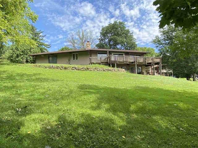 4513 Oak Springs Cir, Windsor, WI 53532 (#1889517) :: Nicole Charles & Associates, Inc.