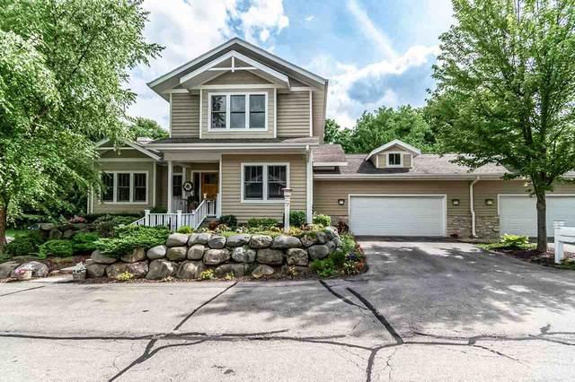 17 Glen Arbor Way, Fitchburg, WI 53711 (#1889850) :: HomeTeam4u