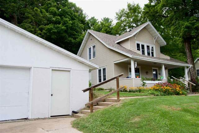 500 N Stewart St, Richland Center, WI 53581 (#1889982) :: Nicole Charles & Associates, Inc.