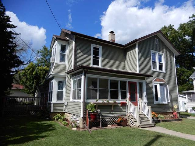 5 Head St, Edgerton, WI 53534 (#1890323) :: Nicole Charles & Associates, Inc.