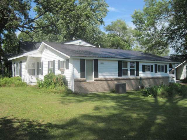 164 S Pine St, Adams, WI 53910 (#1890645) :: HomeTeam4u