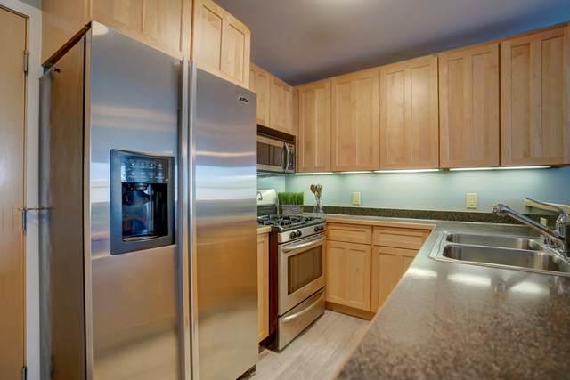 360 W Washington Ave, Madison, WI 53703 (#1890951) :: Nicole Charles & Associates, Inc.