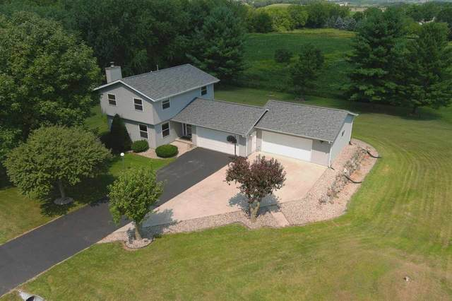 7312 Meadow Valley Rd, Middleton, WI 53562 (#1891061) :: Nicole Charles & Associates, Inc.