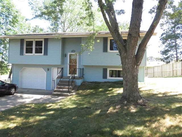 2471 Red Pine Ct, Portage, WI 53901 (#1891380) :: Nicole Charles & Associates, Inc.