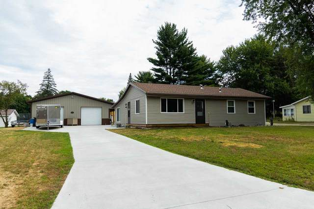 49 North St, Montello, WI 53949 (#1891982) :: HomeTeam4u