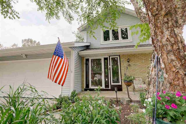 15 Dorchester Cir, Madison, WI 53719 (#1892089) :: Nicole Charles & Associates, Inc.