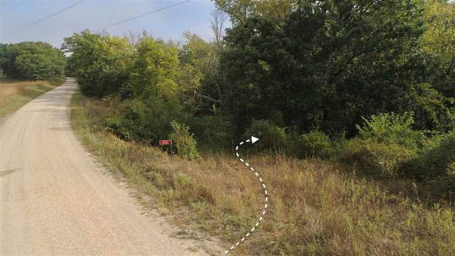 16464 Woodman Lake Ln, Woodman, WI 53805 (#1892632) :: HomeTeam4u