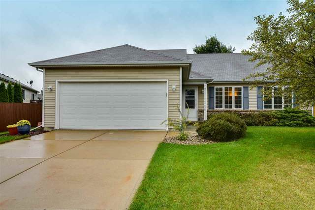 635 S Burr Oak Ave, Oregon, WI 53575 (#1893036) :: HomeTeam4u