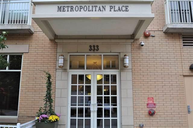 333 W Mifflin St, Madison, WI 53703 (#1893097) :: Nicole Charles & Associates, Inc.