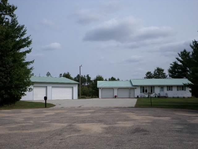 W5975 Camden Dr, Necedah, WI 54646 (#1893863) :: HomeTeam4u