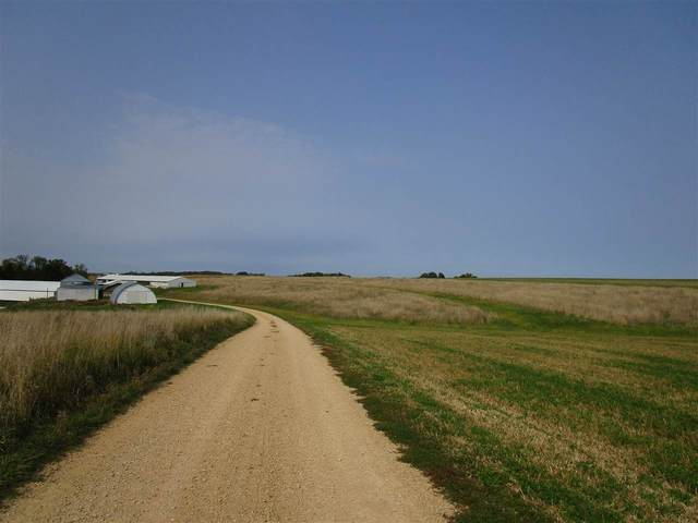 6654 Farview Rd, South Lancaster, WI 53813 (#1894272) :: Nicole Charles & Associates, Inc.
