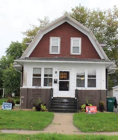 517 Bronson St, Waupun, WI 53963 (#1894581) :: HomeTeam4u