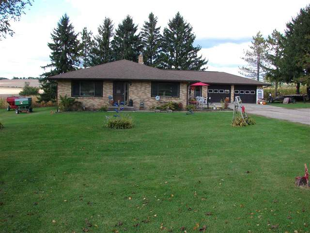 4220 County Road B, Dodgeville, WI 53533 (#1894983) :: Nicole Charles & Associates, Inc.