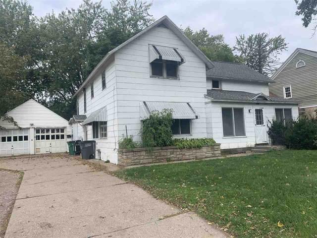 1230 2ND AVE S, Wisconsin Rapids, WI 54495 (#1895022) :: HomeTeam4u